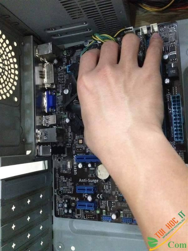 Hướng dẫn lắp ráp PC đơn giản và chi tiết 75