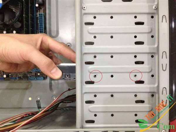Hướng dẫn lắp ráp PC đơn giản và chi tiết 77